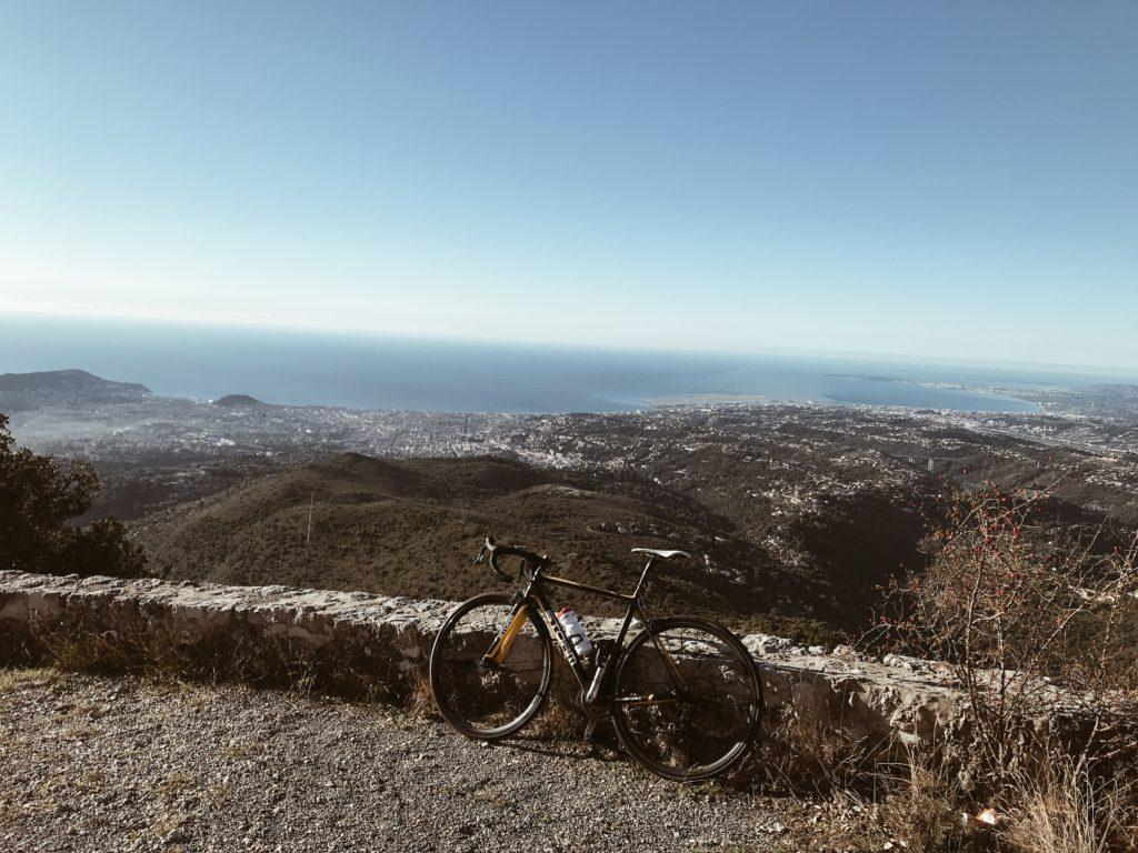Vue sur Nice et la Baie des Anges