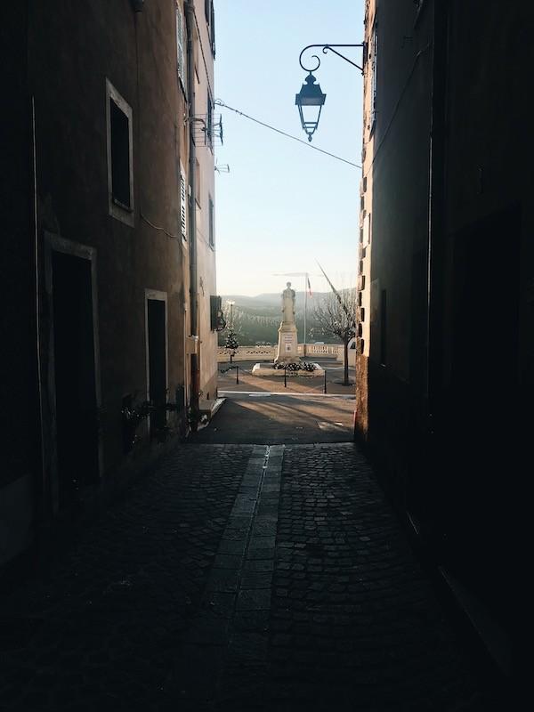 Parcours à vélo : Les ruelles de Contes